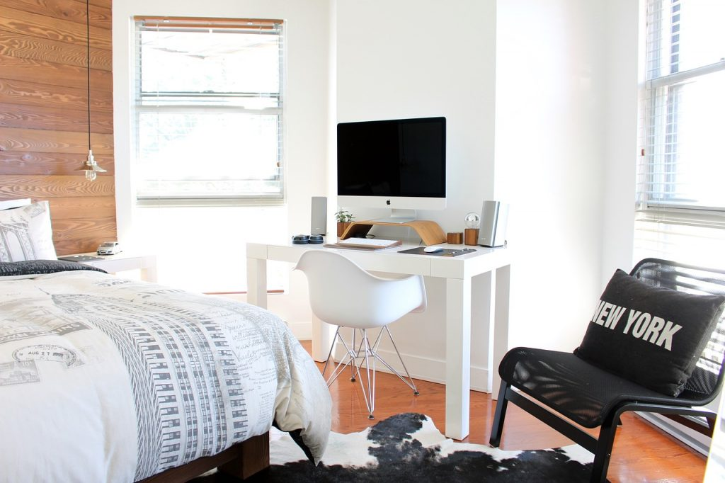 clean-pack-bedroom